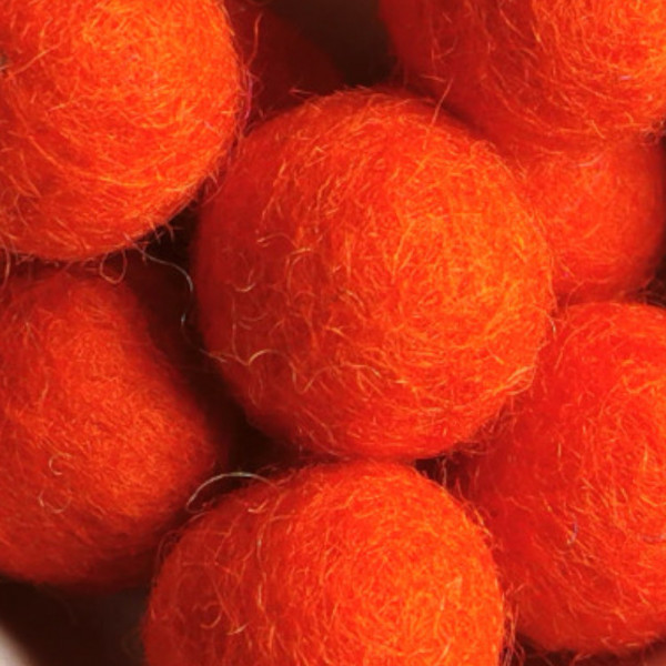 Filzperle Orangerot